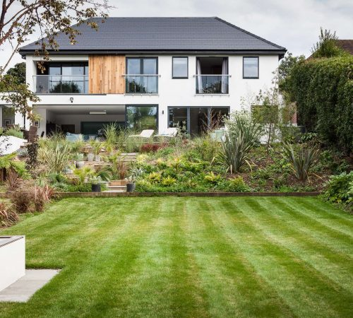 Oatlands Drive house by Concept Eight Architects